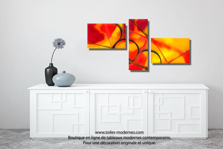 Triptyque orange rouge et jaune chaleur intense acheter for Tableau decoration interieur moderne