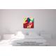 Tableau coloré au-dessus d'un lit The kiss