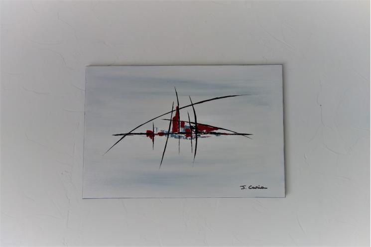 Déco design minimaliste avec un tableau gris moderne : L'invitation au voyage