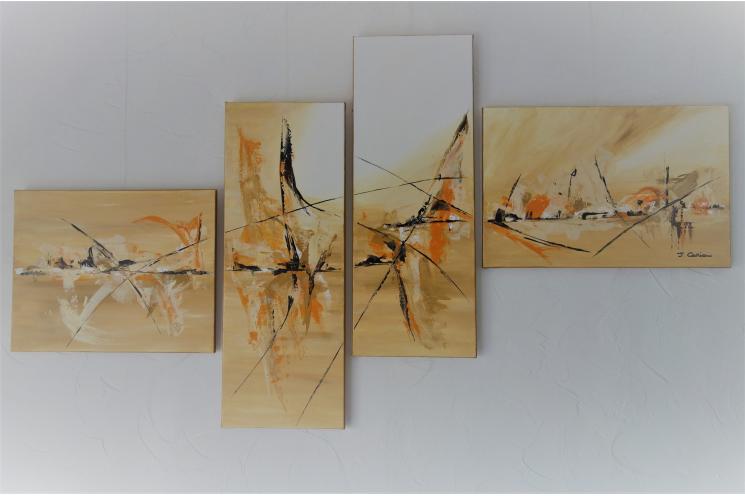Déco marron et beige avec un grand polyptyque contemporain : La liberté des souvenirs
